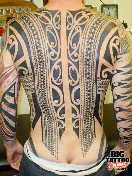 Brent McCown at Tatau Tattoo New Zealand 4 - Black and Grey Tattoo | Big