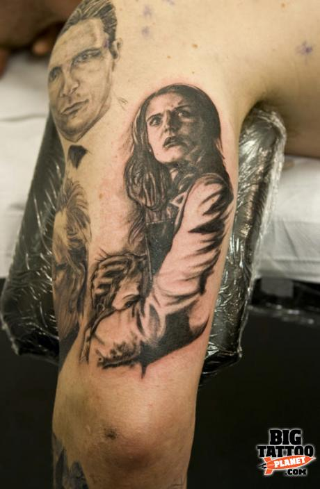 Gavin Rodrigues at The Ink Spot Spain 3 - Black and Grey Tattoo | Big Tattoo